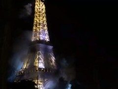 VIDEO Turnul Eiffel, in flacari. Stare de alerta in Franta!