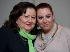 Oana Roman e distrusa! Mama ei, internata la Terapie Intensiva