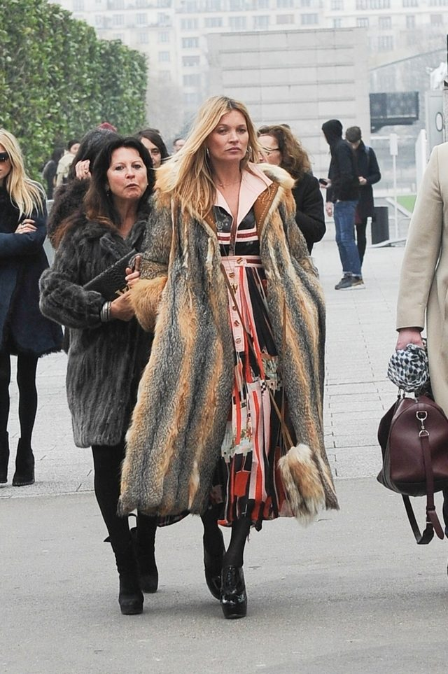 Kate Moss in tinuta boho chic